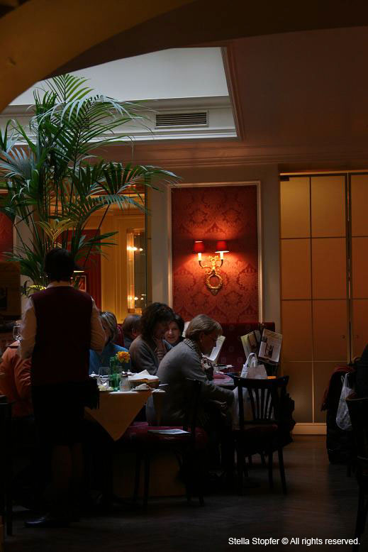 Cafe Sacher atmosphere